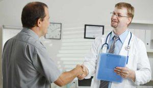 Только врач может назначать лекарства от простатита и аденомы простаты